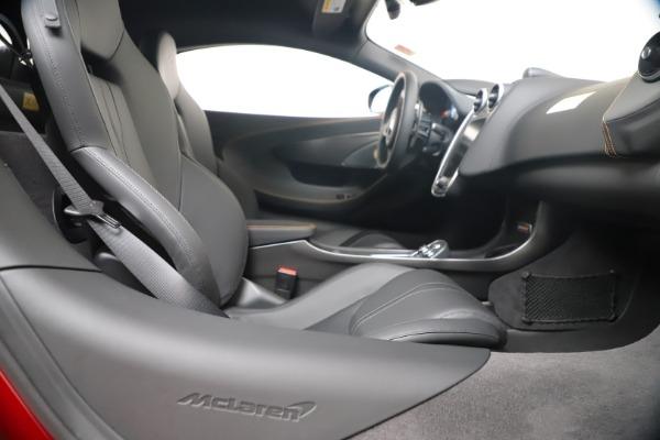 New 2019 McLaren 600LT for sale $285,236 at Rolls-Royce Motor Cars Greenwich in Greenwich CT 06830 27