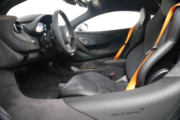 New 2019 McLaren 600LT for sale $311,619 at Rolls-Royce Motor Cars Greenwich in Greenwich CT 06830 19
