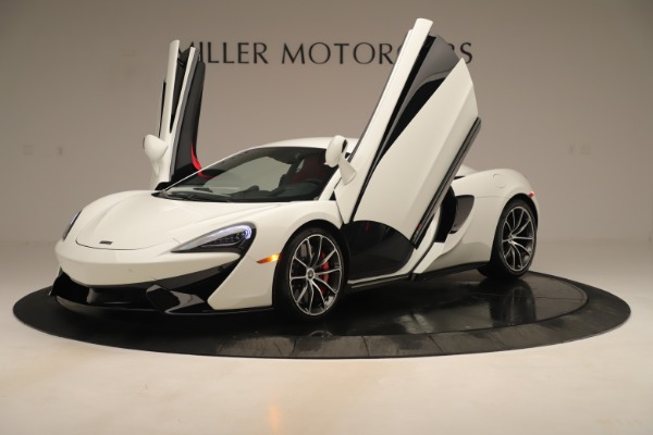 New 2020 McLaren 570S Coupe for sale $215,600 at Rolls-Royce Motor Cars Greenwich in Greenwich CT 06830 13