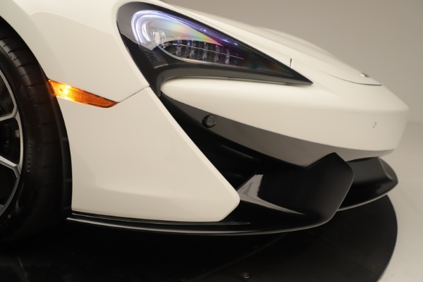 New 2020 McLaren 570S Coupe for sale $215,600 at Rolls-Royce Motor Cars Greenwich in Greenwich CT 06830 22