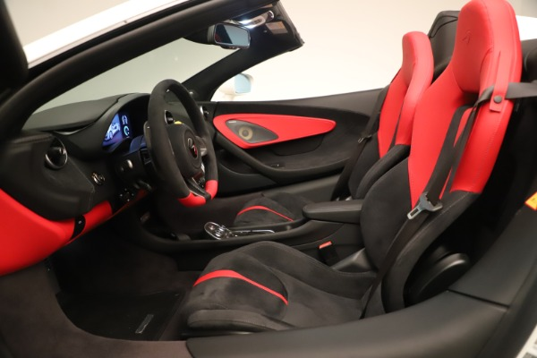 New 2020 McLaren 570S Convertible for sale Sold at Rolls-Royce Motor Cars Greenwich in Greenwich CT 06830 23