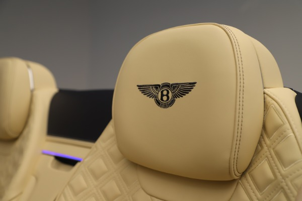 Used 2020 Bentley Continental GTC V8 for sale $288,020 at Rolls-Royce Motor Cars Greenwich in Greenwich CT 06830 27