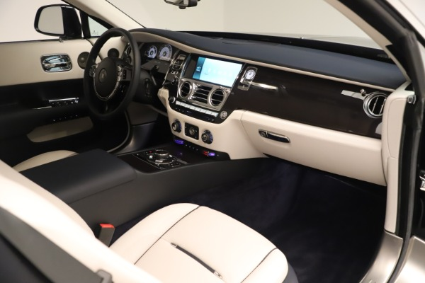 Used 2015 Rolls-Royce Wraith for sale Sold at Rolls-Royce Motor Cars Greenwich in Greenwich CT 06830 27