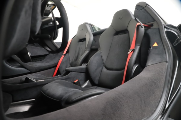 Used 2020 McLaren 600LT Spider for sale $249,900 at Rolls-Royce Motor Cars Greenwich in Greenwich CT 06830 20