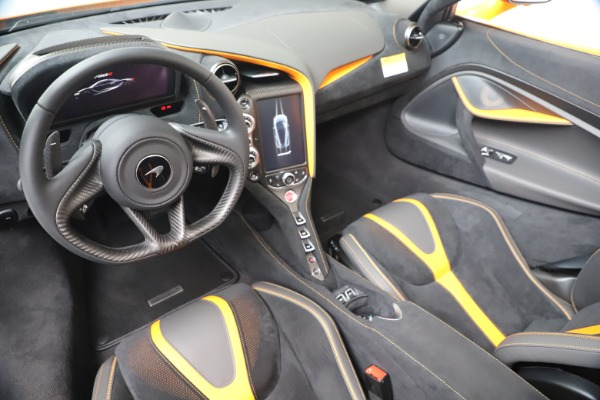 New 2020 McLaren 720S Spider Performance for sale $374,440 at Rolls-Royce Motor Cars Greenwich in Greenwich CT 06830 23