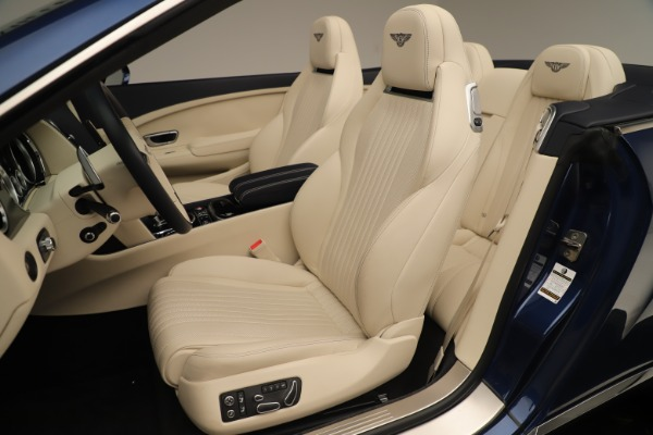 Used 2017 Bentley Continental GTC V8 for sale $149,900 at Rolls-Royce Motor Cars Greenwich in Greenwich CT 06830 26