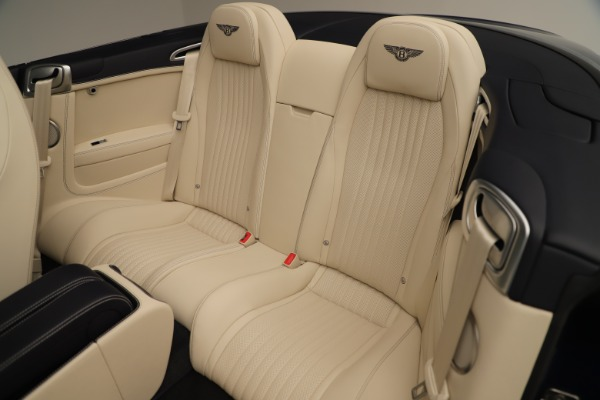 Used 2017 Bentley Continental GTC V8 for sale $149,900 at Rolls-Royce Motor Cars Greenwich in Greenwich CT 06830 28