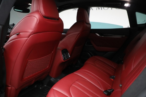 Used 2019 Maserati Levante Q4 GranSport for sale $69,900 at Rolls-Royce Motor Cars Greenwich in Greenwich CT 06830 17
