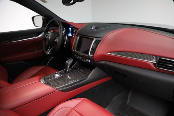 Used 2019 Maserati Levante Q4 GranSport for sale $69,900 at Rolls-Royce Motor Cars Greenwich in Greenwich CT 06830 21