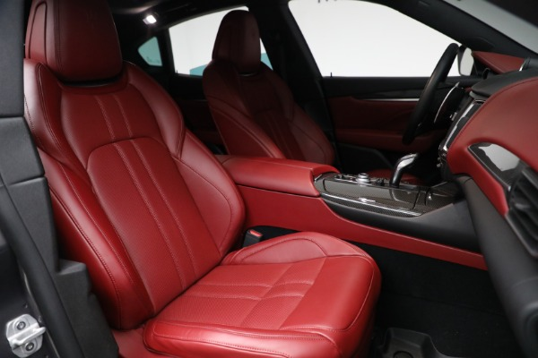 Used 2019 Maserati Levante Q4 GranSport for sale $69,900 at Rolls-Royce Motor Cars Greenwich in Greenwich CT 06830 23
