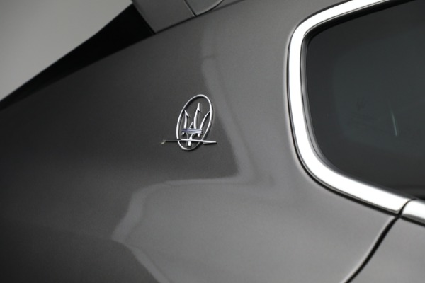 Used 2019 Maserati Levante Q4 GranSport for sale $69,900 at Rolls-Royce Motor Cars Greenwich in Greenwich CT 06830 27