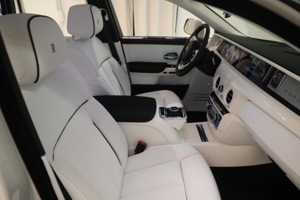 New 2020 Rolls-Royce Phantom for sale $545,200 at Rolls-Royce Motor Cars Greenwich in Greenwich CT 06830 12