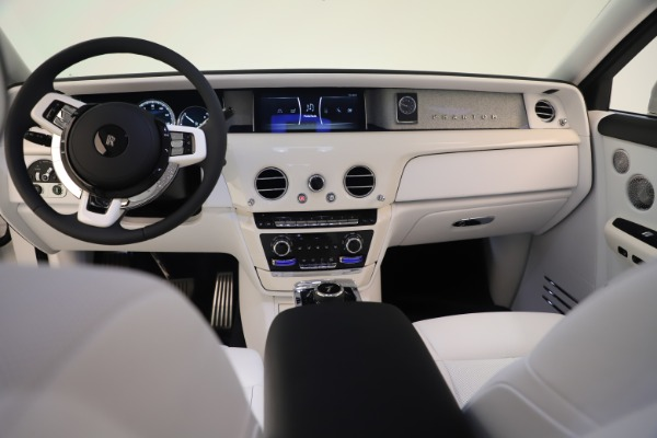 New 2020 Rolls-Royce Phantom for sale $545,200 at Rolls-Royce Motor Cars Greenwich in Greenwich CT 06830 20