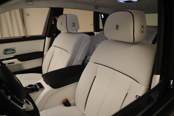 New 2020 Rolls-Royce Phantom for sale $545,200 at Rolls-Royce Motor Cars Greenwich in Greenwich CT 06830 27
