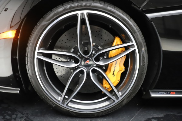 Used 2017 McLaren 570S Coupe for sale $161,900 at Rolls-Royce Motor Cars Greenwich in Greenwich CT 06830 15