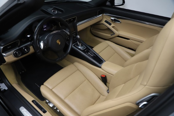 Used 2016 Porsche 911 Targa 4S for sale Sold at Rolls-Royce Motor Cars Greenwich in Greenwich CT 06830 14