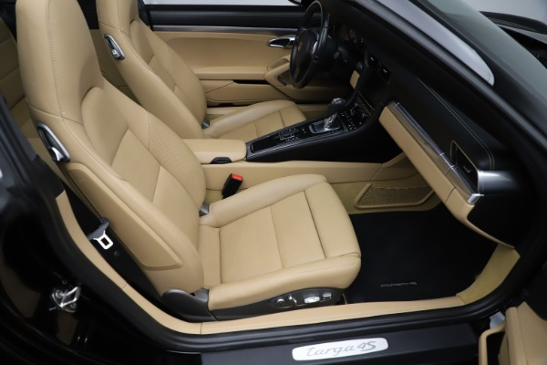 Used 2016 Porsche 911 Targa 4S for sale Sold at Rolls-Royce Motor Cars Greenwich in Greenwich CT 06830 19