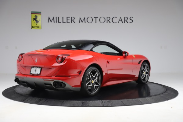 Used 2017 Ferrari California T for sale Sold at Rolls-Royce Motor Cars Greenwich in Greenwich CT 06830 16
