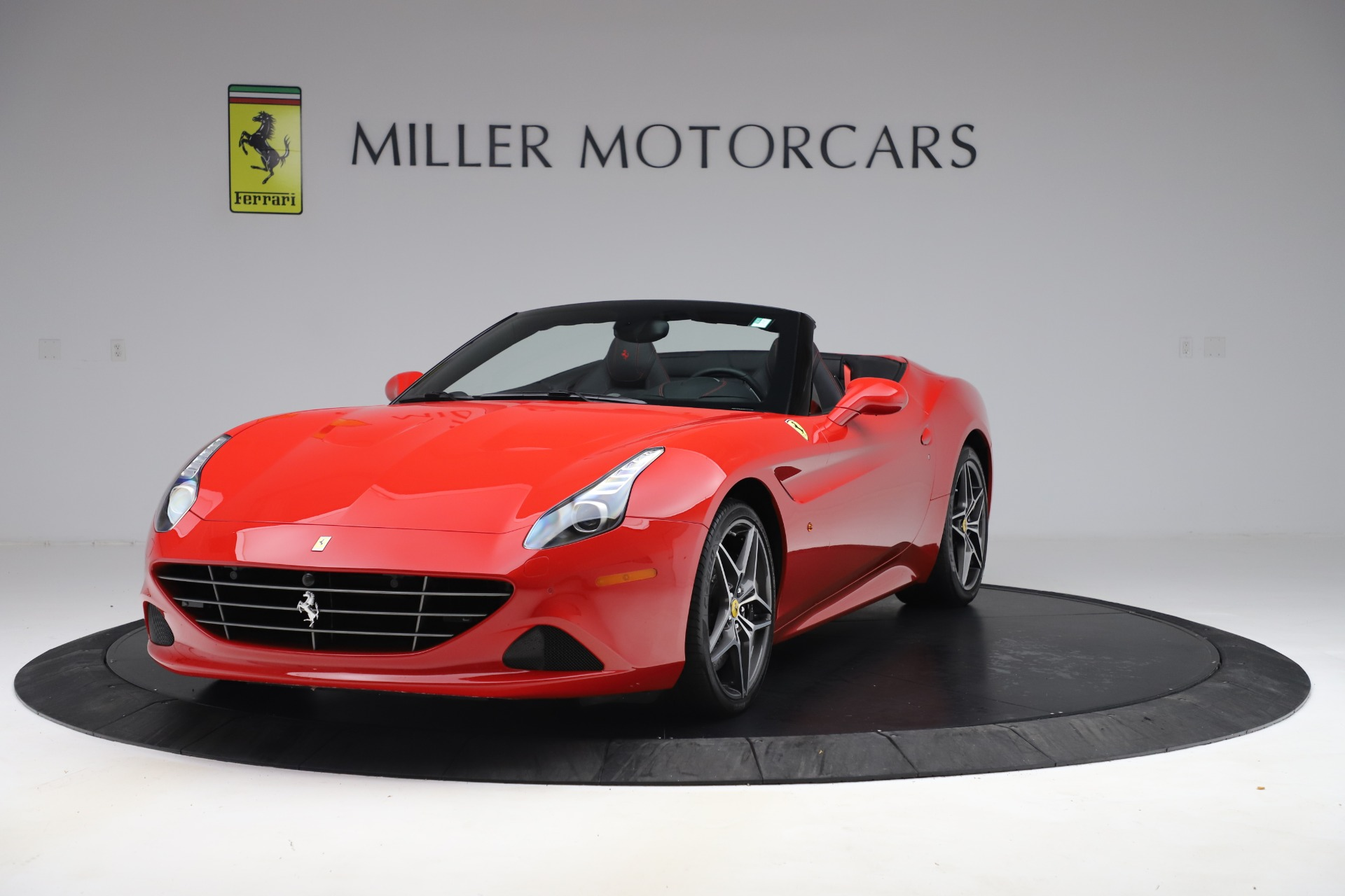 Used 2017 Ferrari California T for sale Sold at Rolls-Royce Motor Cars Greenwich in Greenwich CT 06830 1