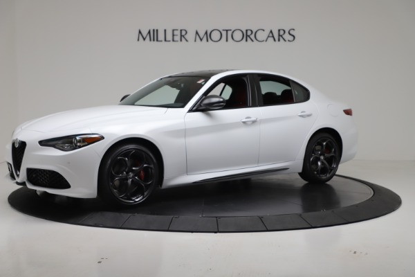 New 2019 Alfa Romeo Giulia Ti Sport Carbon Q4 for sale Sold at Rolls-Royce Motor Cars Greenwich in Greenwich CT 06830 2