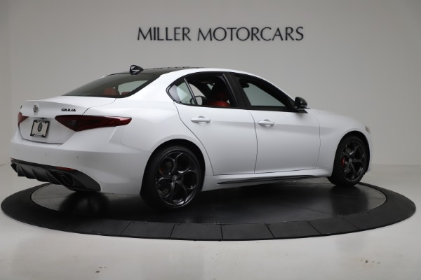 New 2019 Alfa Romeo Giulia Ti Sport Carbon Q4 for sale Sold at Rolls-Royce Motor Cars Greenwich in Greenwich CT 06830 8