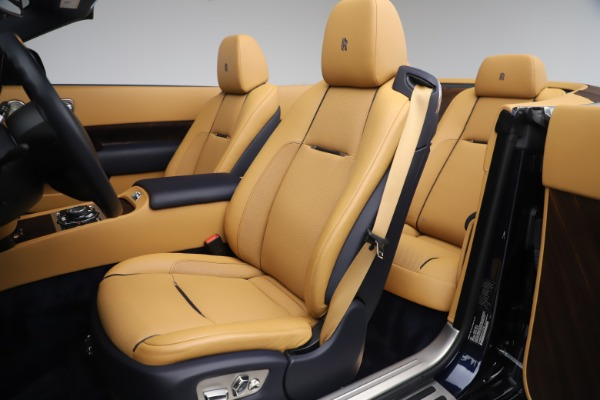 Used 2017 Rolls-Royce Dawn for sale $265,900 at Rolls-Royce Motor Cars Greenwich in Greenwich CT 06830 19