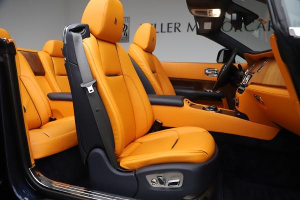 Used 2017 Rolls-Royce Dawn for sale $249,900 at Rolls-Royce Motor Cars Greenwich in Greenwich CT 06830 20