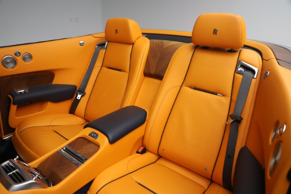 Used 2017 Rolls-Royce Dawn for sale $249,900 at Rolls-Royce Motor Cars Greenwich in Greenwich CT 06830 21