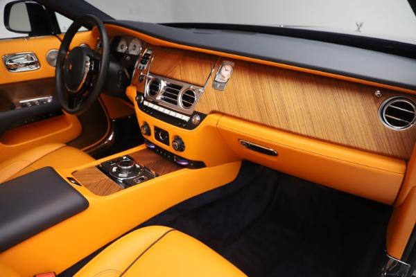Used 2017 Rolls-Royce Dawn for sale $249,900 at Rolls-Royce Motor Cars Greenwich in Greenwich CT 06830 25