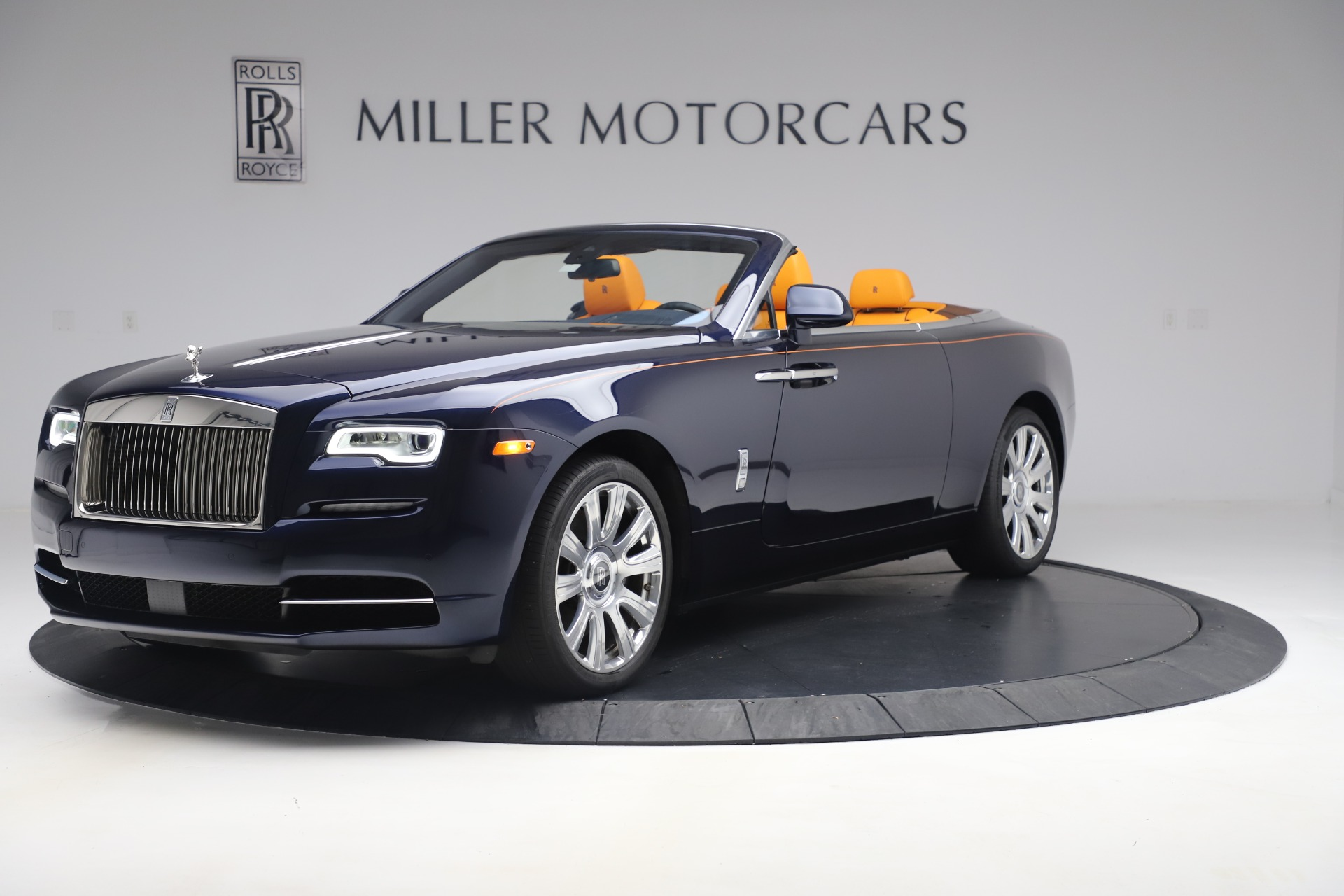 Used 2017 Rolls-Royce Dawn for sale $249,900 at Rolls-Royce Motor Cars Greenwich in Greenwich CT 06830 1