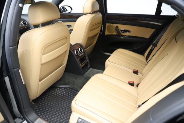 Used 2016 Bentley Flying Spur V8 for sale $119,900 at Rolls-Royce Motor Cars Greenwich in Greenwich CT 06830 21