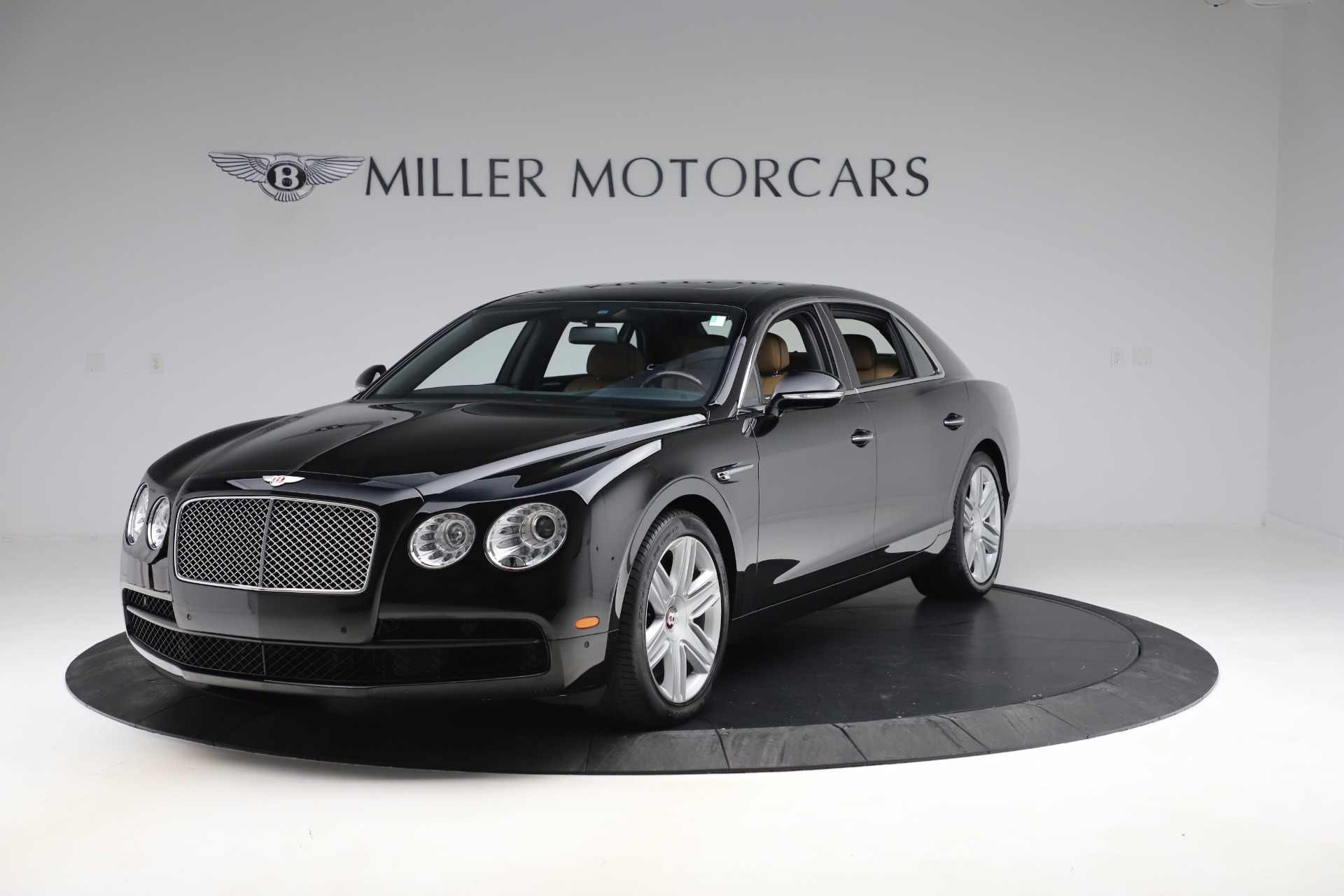 Used 2016 Bentley Flying Spur V8 for sale $119,900 at Rolls-Royce Motor Cars Greenwich in Greenwich CT 06830 1