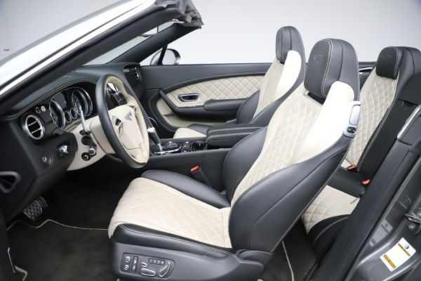 Used 2016 Bentley Continental GTC V8 S for sale $135,900 at Rolls-Royce Motor Cars Greenwich in Greenwich CT 06830 24