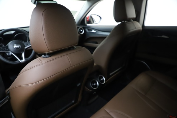 New 2019 Alfa Romeo Stelvio Q4 for sale Sold at Rolls-Royce Motor Cars Greenwich in Greenwich CT 06830 20
