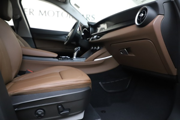 New 2019 Alfa Romeo Stelvio Q4 for sale Sold at Rolls-Royce Motor Cars Greenwich in Greenwich CT 06830 23