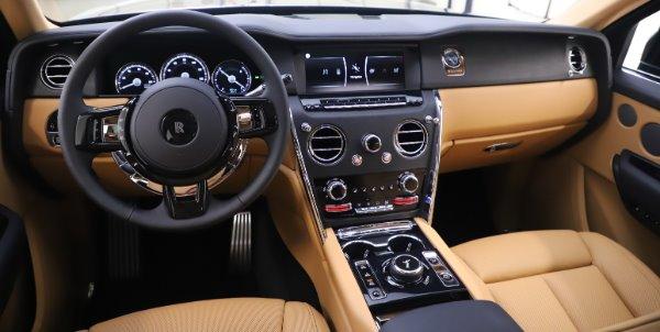 New 2020 Rolls-Royce Cullinan for sale $348,975 at Rolls-Royce Motor Cars Greenwich in Greenwich CT 06830 17