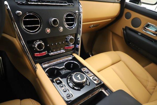 New 2020 Rolls-Royce Cullinan for sale $348,975 at Rolls-Royce Motor Cars Greenwich in Greenwich CT 06830 18