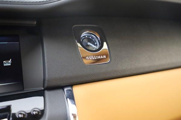 New 2020 Rolls-Royce Cullinan for sale $348,975 at Rolls-Royce Motor Cars Greenwich in Greenwich CT 06830 20