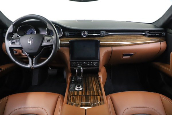 Used 2017 Maserati Quattroporte S Q4 GranLusso for sale Sold at Rolls-Royce Motor Cars Greenwich in Greenwich CT 06830 16