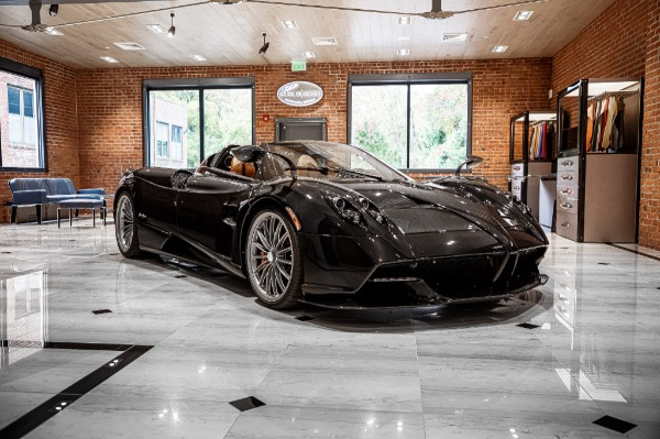 Used 2017 Pagani Huayra Roadster Roadster for sale Call for price at Rolls-Royce Motor Cars Greenwich in Greenwich CT 06830 3