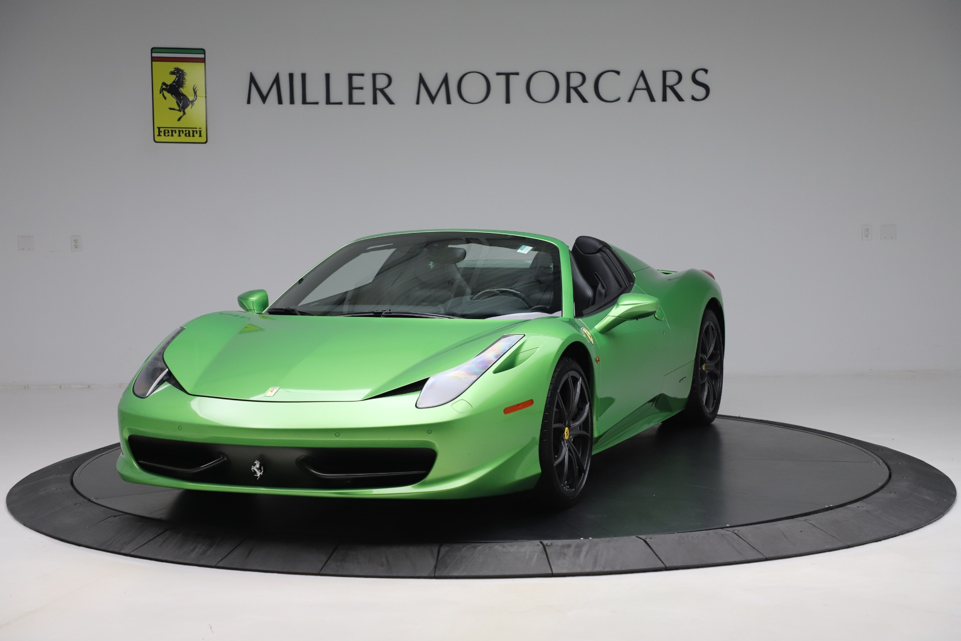 Used 2015 Ferrari 458 Spider for sale $249,900 at Rolls-Royce Motor Cars Greenwich in Greenwich CT 06830 1