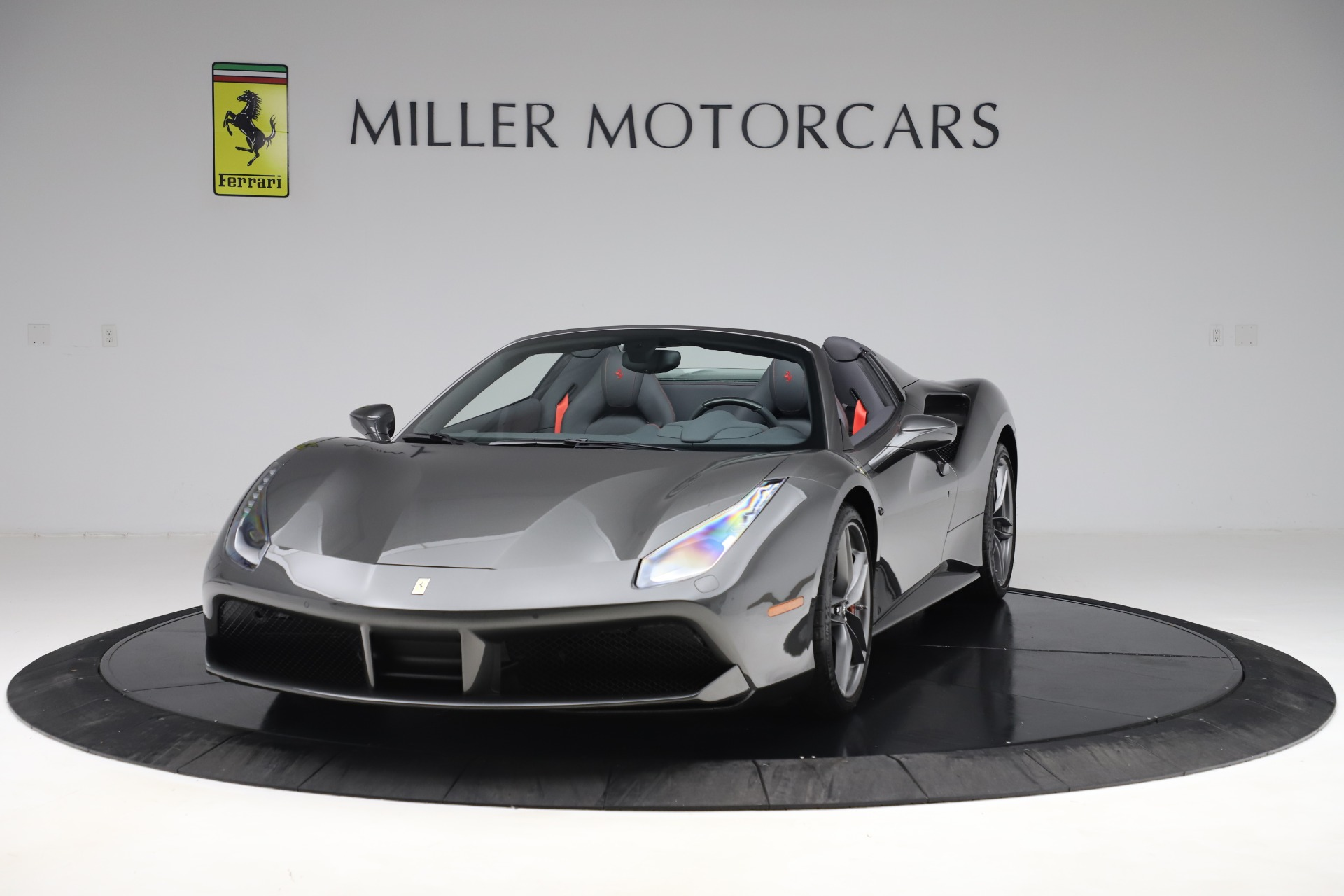 Used 2018 Ferrari 488 Spider for sale $283,900 at Rolls-Royce Motor Cars Greenwich in Greenwich CT 06830 1