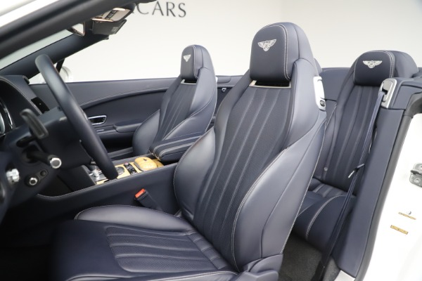 Used 2015 Bentley Continental GTC V8 for sale $119,900 at Rolls-Royce Motor Cars Greenwich in Greenwich CT 06830 27