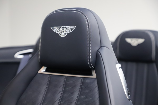 Used 2015 Bentley Continental GTC V8 for sale $119,900 at Rolls-Royce Motor Cars Greenwich in Greenwich CT 06830 28