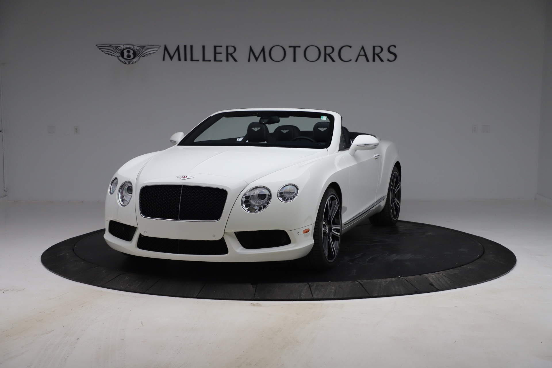 Used 2015 Bentley Continental GTC V8 for sale $119,900 at Rolls-Royce Motor Cars Greenwich in Greenwich CT 06830 1