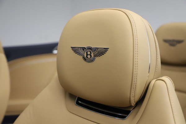 New 2020 Bentley Continental GTC V8 for sale $262,475 at Rolls-Royce Motor Cars Greenwich in Greenwich CT 06830 27