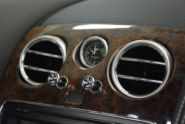 Used 2016 Bentley Flying Spur V8 for sale Sold at Rolls-Royce Motor Cars Greenwich in Greenwich CT 06830 18