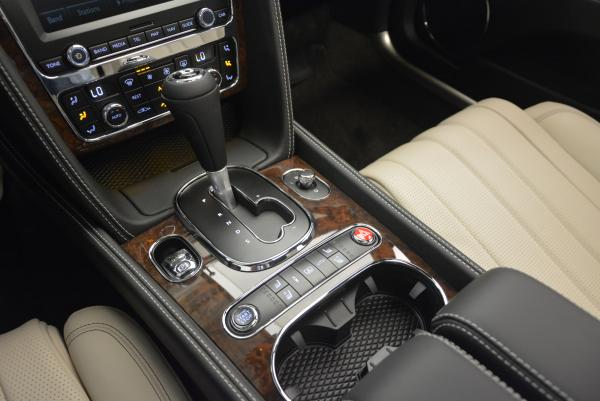 Used 2016 Bentley Flying Spur V8 for sale Sold at Rolls-Royce Motor Cars Greenwich in Greenwich CT 06830 28