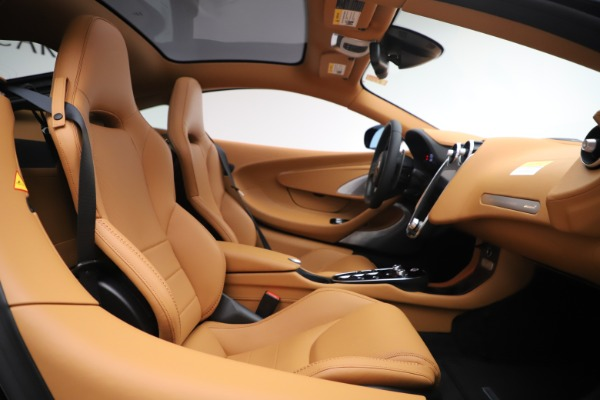 New 2020 McLaren GT Coupe for sale $245,975 at Rolls-Royce Motor Cars Greenwich in Greenwich CT 06830 15