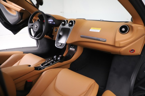 New 2020 McLaren GT Luxe for sale $245,975 at Rolls-Royce Motor Cars Greenwich in Greenwich CT 06830 20